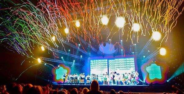 Κομφετί και Streamers σε συναυλίες