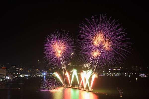 Επίγεια πυροτεχνήματα στην Ταϊλάνδη